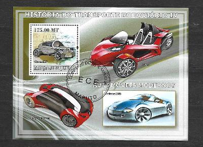 Mosambik 2009 - Doprava IV. - automobily - Citroen 2CV, T-Rex, Peugeot