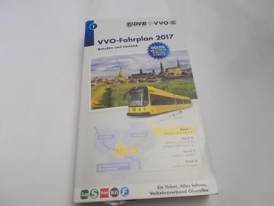Německý jízdní řád VVO-Fahrplan 2017 Dresden und Umland