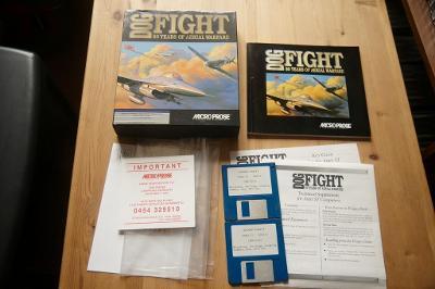 ***** Dogfight 80 years of aerial warfare (Atari ST) *****