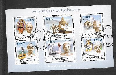 Mosambik 2009 - Mahatma Gandhi, kobra, tygr, Taj Mahal, Ganeša