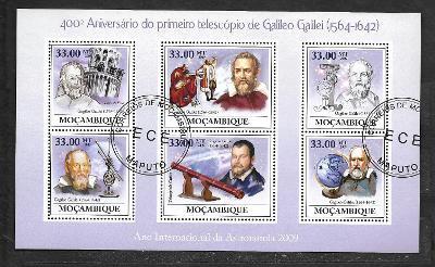 Mosambik 2009 - Kosmos - Galileo Galilei, teleskop, globus
