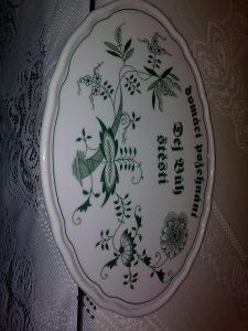 """Porcelánový ovál na zeď zelený cibulák  """"Dej Bůh štěstí"""" nové"""