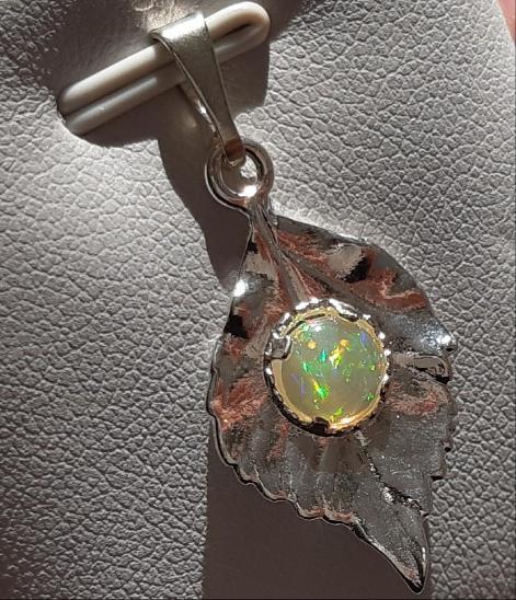 Nový stříbrný přívěsek s přírodním etiopským opálem Ag 925/1000 - Šperky