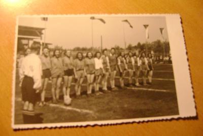 Zlín-fotbalové družstvo žen- 1947