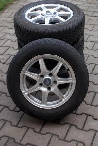 Zimní pneu Fulda Montero 2, 195/65 R15 na Alu discích, vzorek cca 4mm