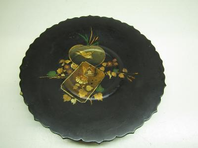 Starožitný dřevěný nástěnný talíř