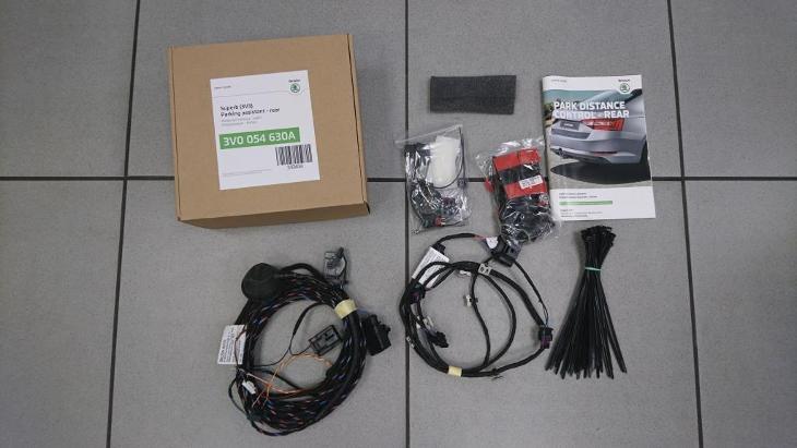 (sleva 74%) Sada parkovacích senzorů na ŠKODA Superb limuzína - Náhradní díly a příslušenství pro osobní vozidla