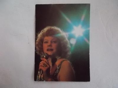 Foto pohlednice Československo zpěvák zpěvačka Eva Pilarová