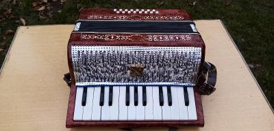 Malý ruský Akordeon MALYSZ - chromatická harmonika