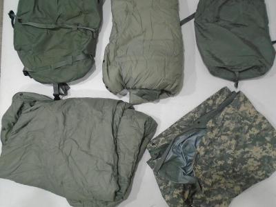 Orig. US Army 5 dílný modulární spací systém MSS v mask UCP (ACU) použ