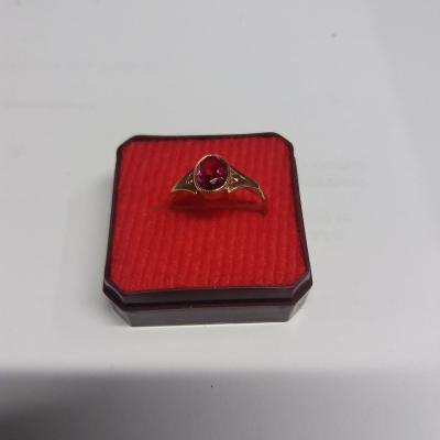 Zlatý prsten Au  583  , 2,12 g, punc SSSR
