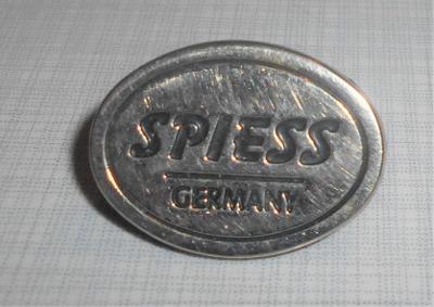 KOVOVÝ ZNAK - SPIESS GERMANY