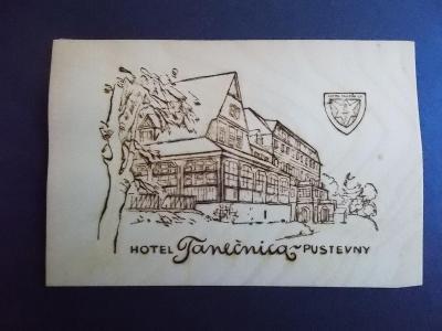 Dřevěná pohlednice dýha Beskydy Hotel Vlčina Frenštát pod Radhoštěm