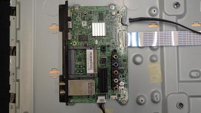 Základní deska ( signálová ) z TV SAMSUNG UE40J5150AS BN94-08119C