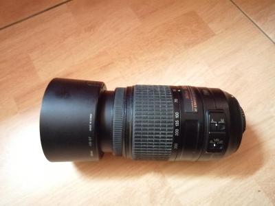 Nikon D90 + 2x objektiv + prislusenstvi