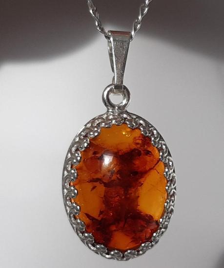 Přívěsek jantar přírodní Ag 925/1000 - Šperky