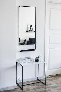 Nástěnné zrcadlo od House Doctor