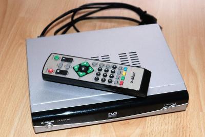 X-site XS-DBTV-742 s originálním dálkovým ovládáním