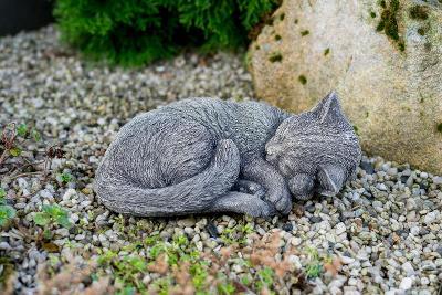 Betonová kočka - zahradní dekorace