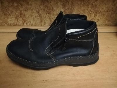 Pánské zimní  boty  s kožíškem45   ( zn.RIEKER-TEX )