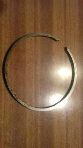 Pístní kroužek 64x2,5mm