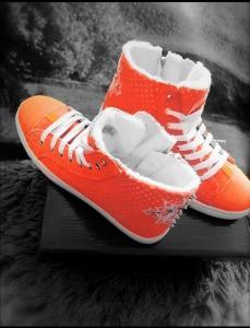 Kotníkové botasky.