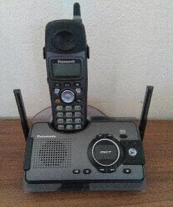 Telefonní přístroj Panasonic se záznamníkem
