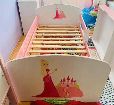 Krásná postel s šuplíkem pro slečny s princeznou 185cm x 85cm!TOP STAV