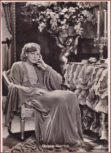 Herci (film) * Greta Garbo, švédská herečka, propagační pohlednice