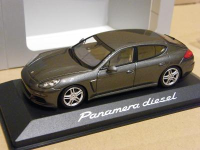 PORSCHE Panamera diesel  - MINICHAMPS 1:43