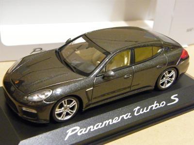 PORSCHE Panamera turbo S  - MINICHAMPS 1:43