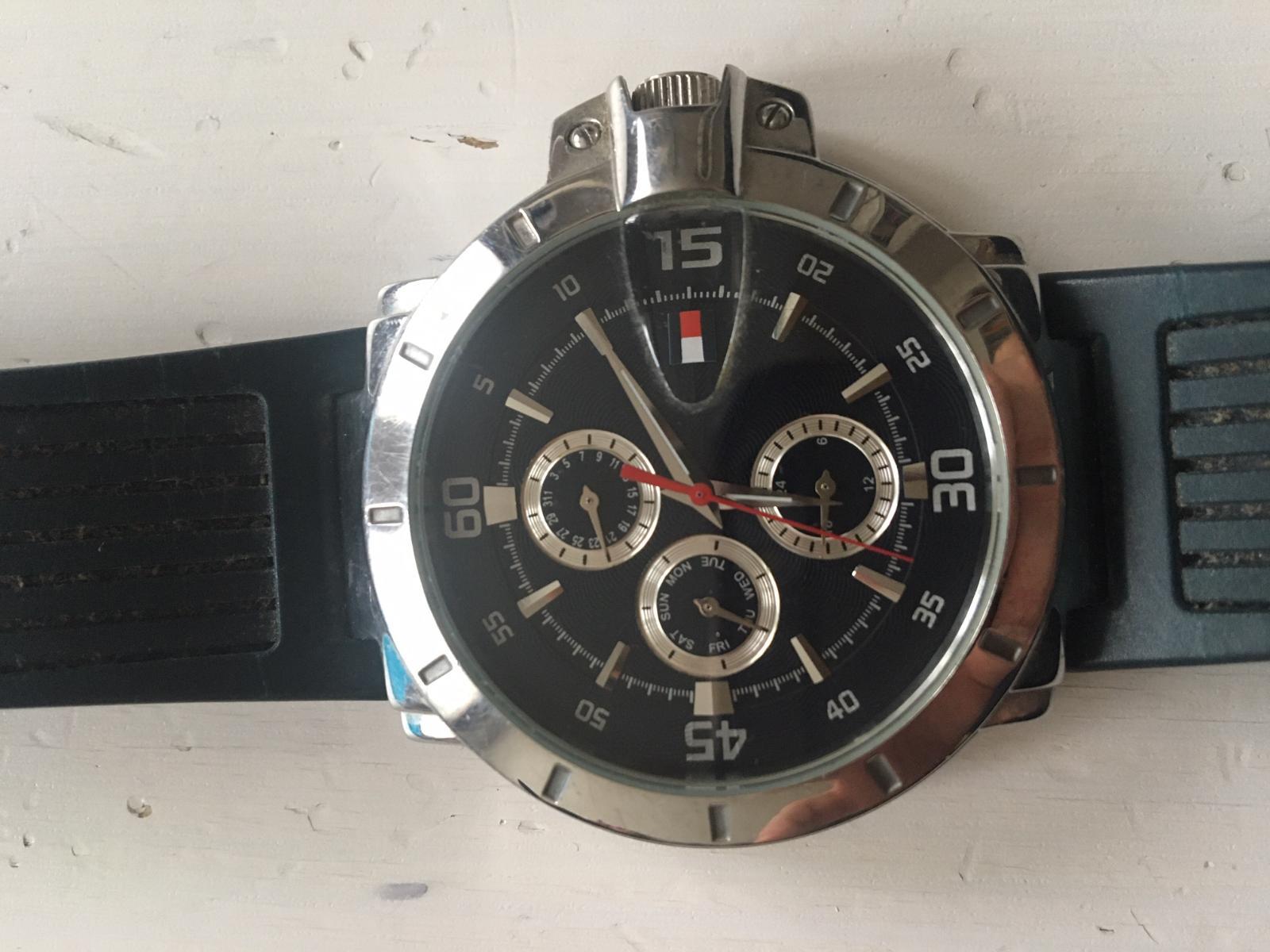 comunicación libertad Interesar  hodinky TOMMY HILFIGER F90268 | Aukro