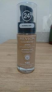 Make Up Revlon na citlivou,suchou pleť