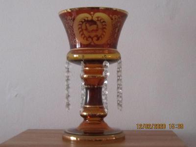 Ozdobná starožitná váza Egermann