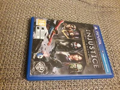 PS Vita hra Injustice Gods Among Us Ultimate Edition