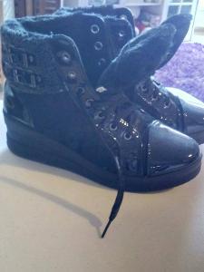 kotníkové boty s kožíškem