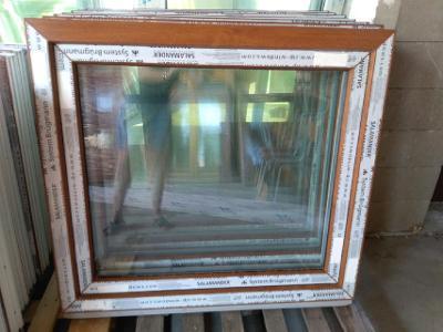 Plastová okna ( plastové okno ) 100x90 zlatý dub