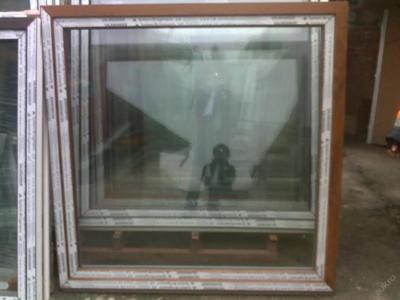 Plastová okna ( plastové okno ) 150x150 zlatý dub