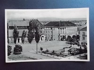 Hodonín Göding pohlednice Náměstí svobody Protektorát Lipové listy
