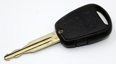 KLÍČ Hyundai 1 TLAČÍTKO použitý - funkční