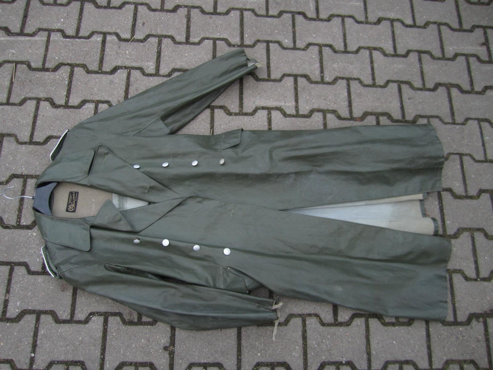 Identification Manteau de pluie WH 37666ee2-66e4-491b-b161-e718e1e7ddf8