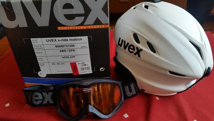 Rozbalená zimní lyžařská helma (přilba) UVEX - Zimní sporty