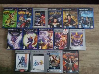 PS2 - Spyro dragon - serie pěti dílů fialového dráčka na Playstation 2