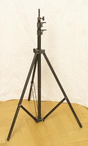 Stativ - Lehký pod lampu - (K81)