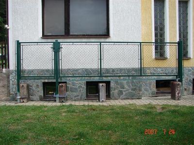 pojízdná brána +branka