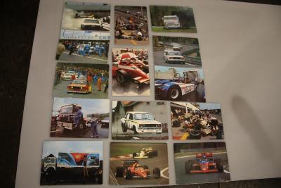 Staré prospekty závodních automobilů 2