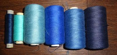 nitě modré 6 ks