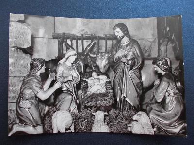 Veselé vánoce betlém figurka svatá rodina jesle foto Jírů