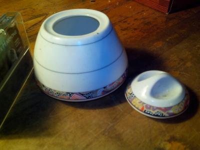starý porcelán -cukřenka  /720