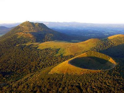 Francie - sopky a kaňony Auvergne s CK Mundo